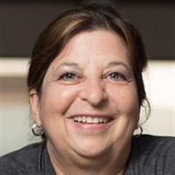 image of author Elise Moss