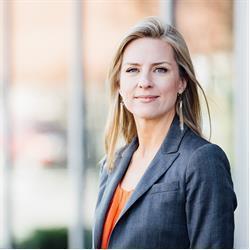 image of author Lindsay Pedersen
