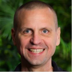 image of author Mark Taparauskas