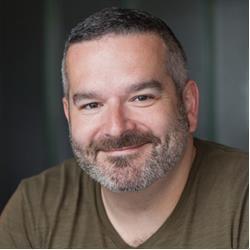 image of author Doug Winnie