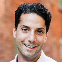 image of author Nick Harauz