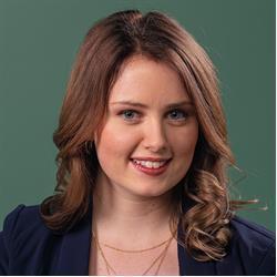 image of author Emma Bostian