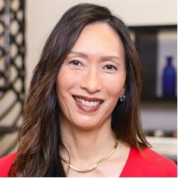 image of author Denise Yohn