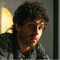 image of author Julian Velard
