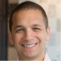 image of author Daniel Roth