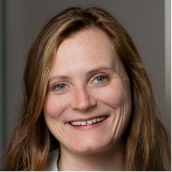 image of author Elsa Loftis