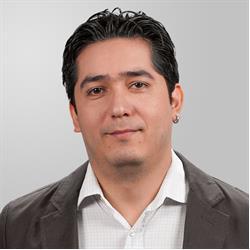 image of author Bernardo Pineda