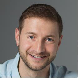 image of author Alex Ziskind