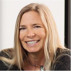 image of author Emily Kay
