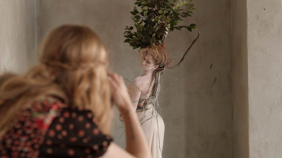 Preview: Brooke Shaden's Conceptual Photography: Start to Finish