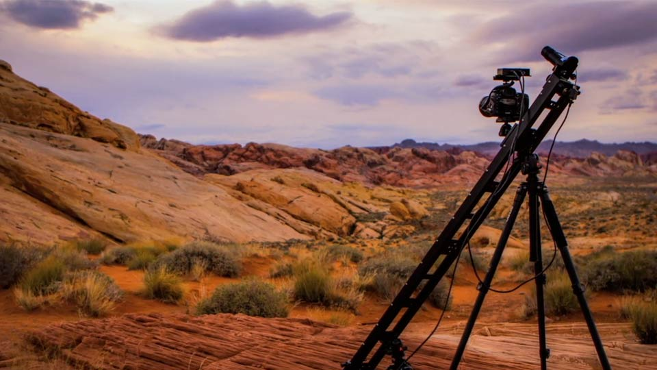 Welcome: Shooting a Time-Lapse Movie with the Camera in Motion