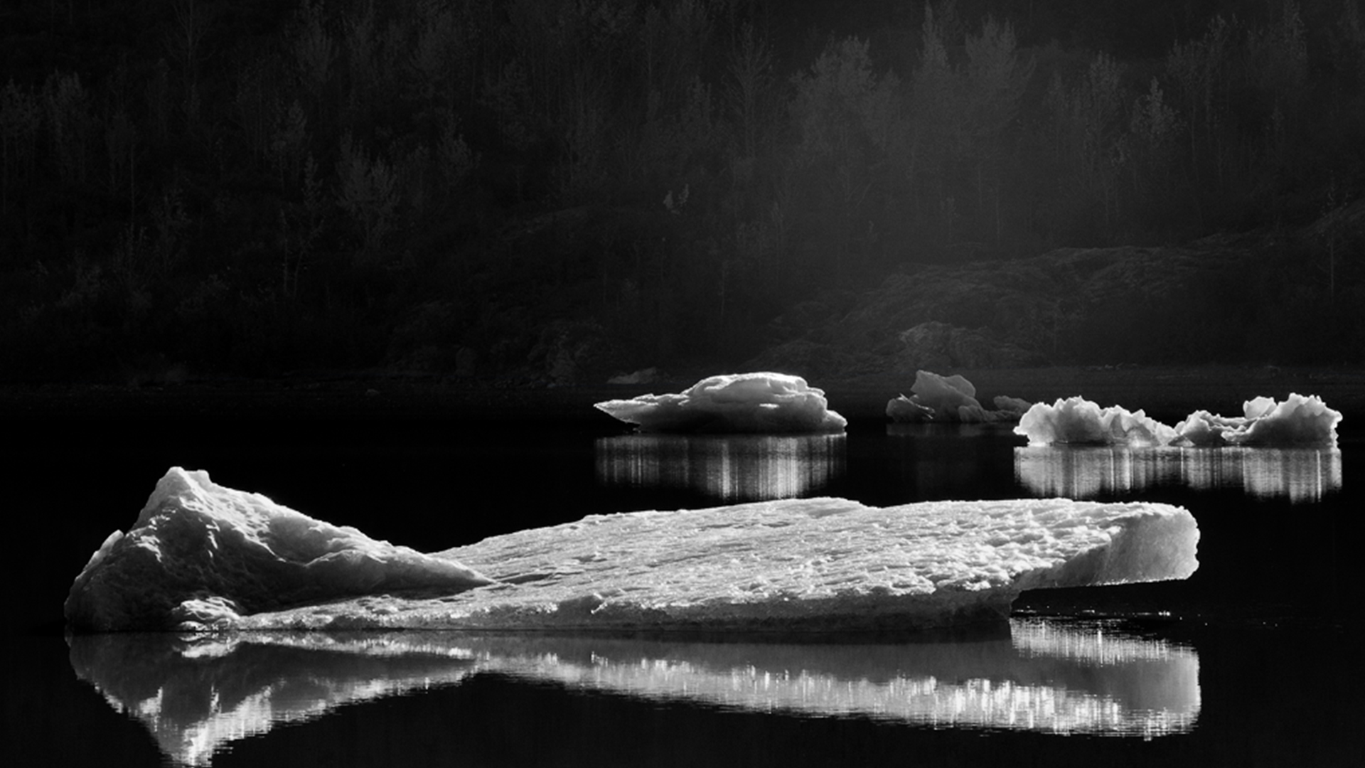 Creating black and white landscape photos with photoshop