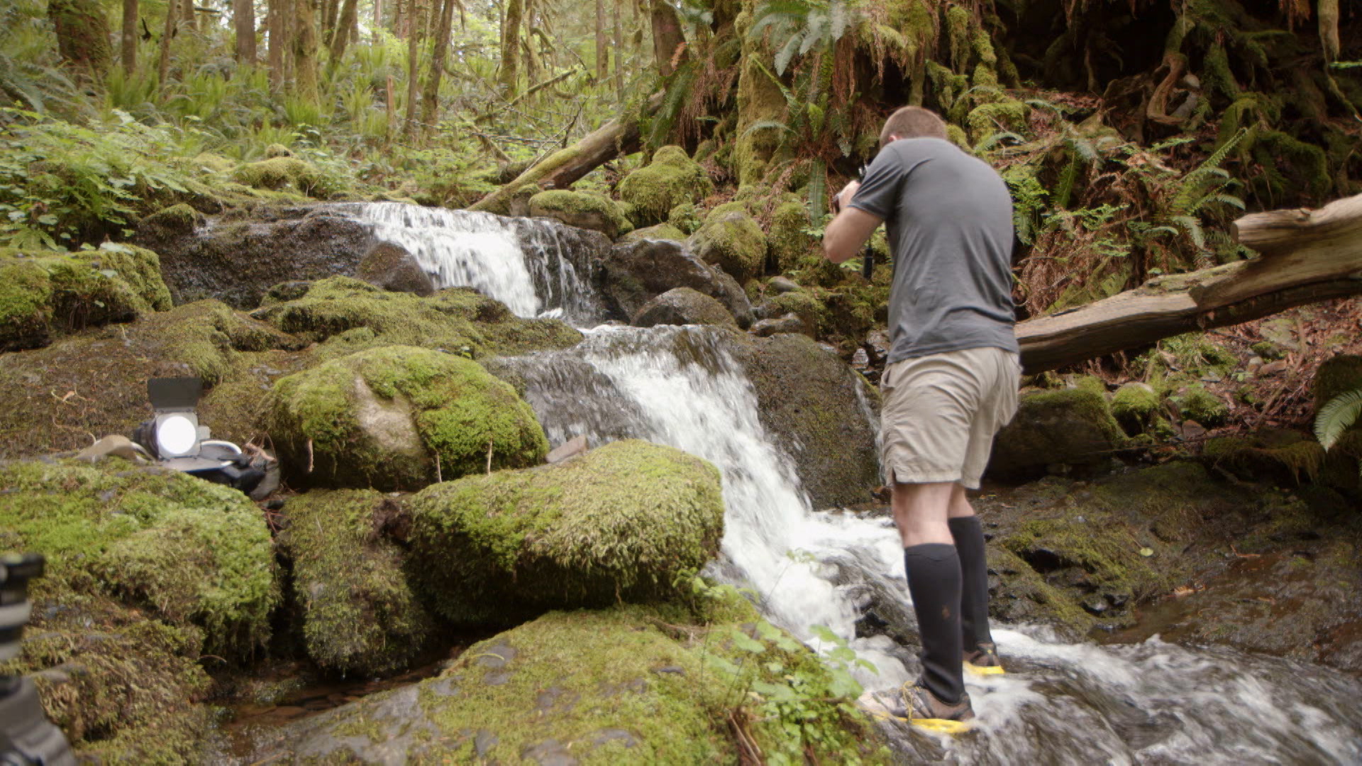 Introduction to shooting a waterfall: Photographing a Waterfall