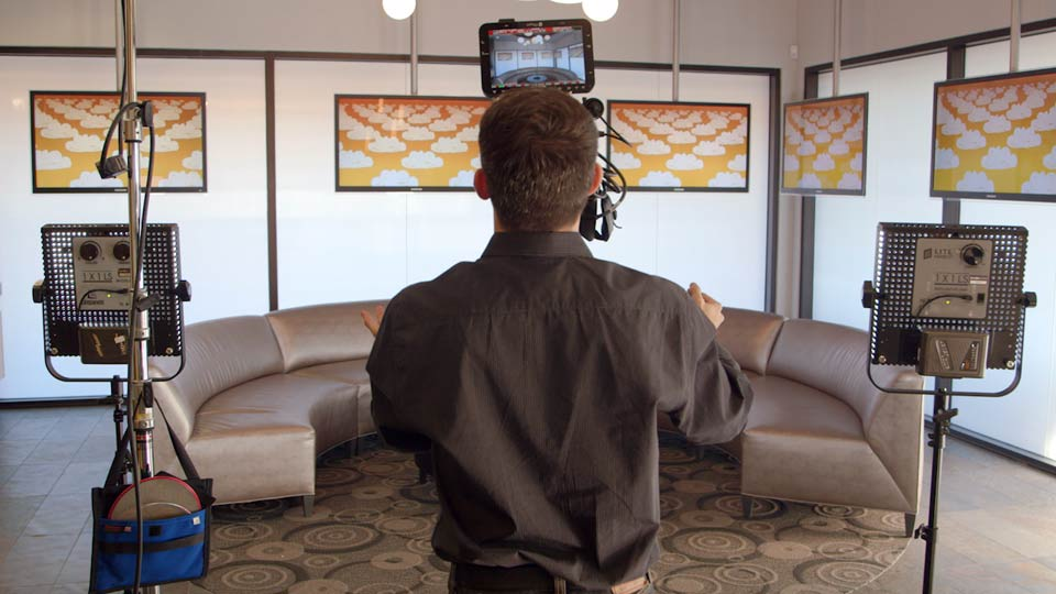 Welcome: Corporate and Documentary Video Lighting