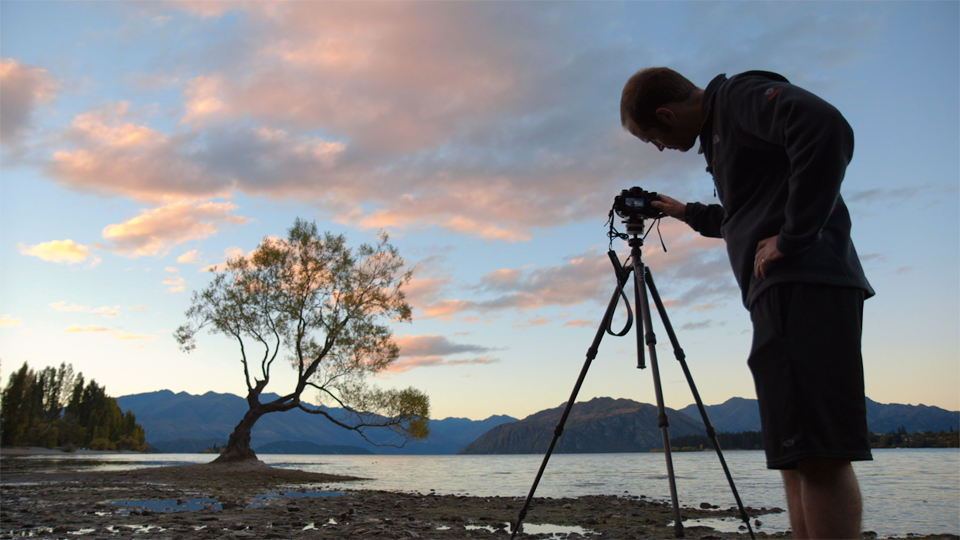 Setting up for the sunset shot of the tree on the lake: Chasing the Light at New Zealand's Lake Wanaka