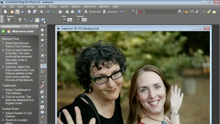 Exploring the user interface: Getting Started with Corel Paint Shop Pro Photo X2