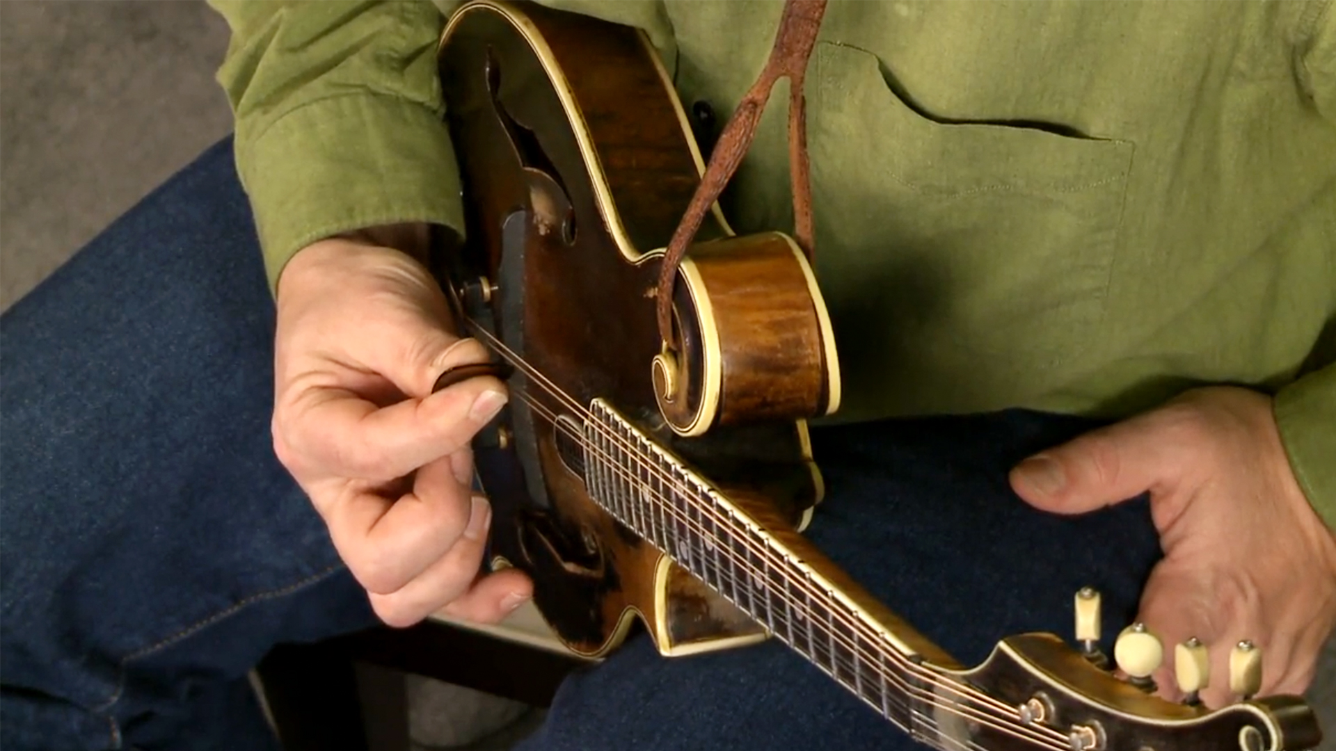 """Liberty"", part 1: Mandolin Lessons with Mike Marshall: 1 Fundamentals"