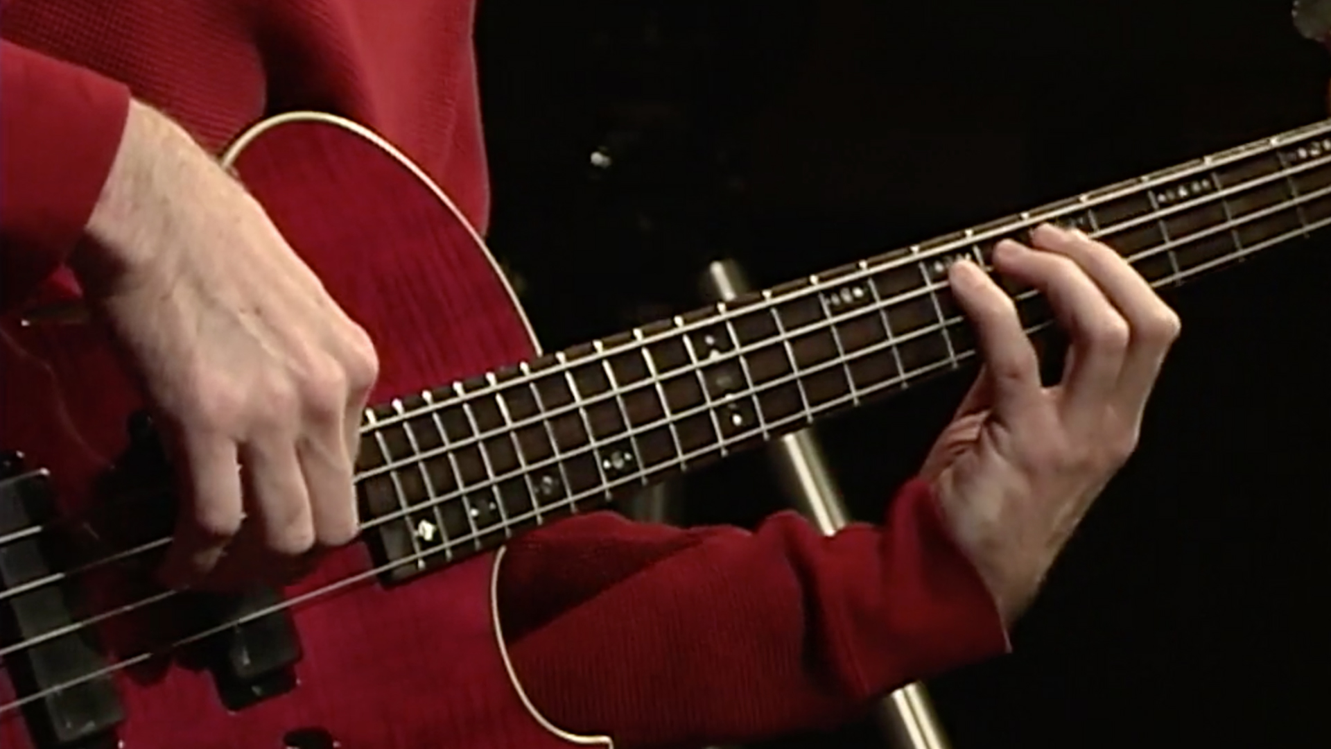 Electric Bass Lesson: Fundamentals