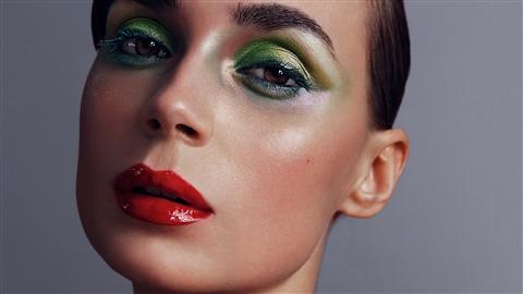 course illustration for Photoshop Retouching: Beauty Portraits