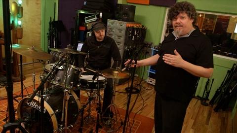 course illustration for Music Production Secrets: Larry Crane on Recording