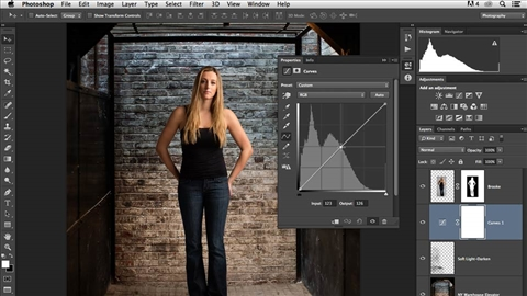course illustration for Changing a Studio Background in Photoshop