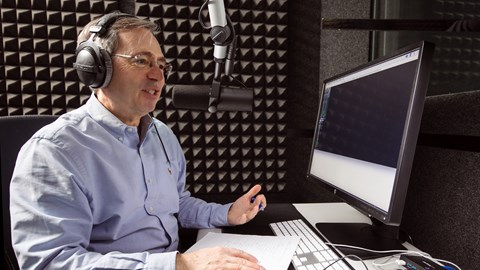 course illustration for Content Marketing: How to Podcast