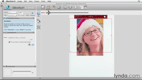 Setting scan frame and resolution: Scanning with SilverFast