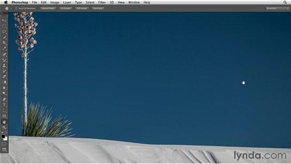 Cycling through different screen modes: Photoshop CS6 Essential Training