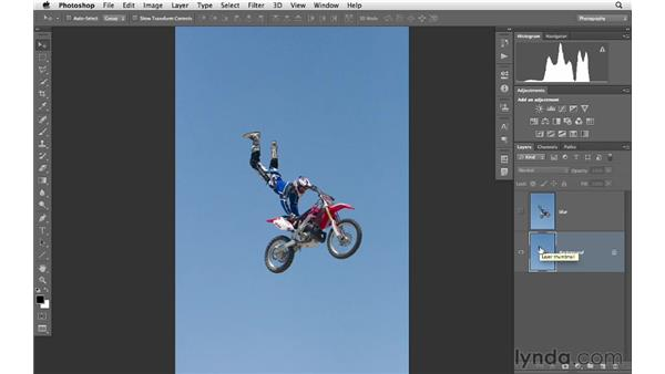 Reducing noise with Surface Blur: Photoshop CS6 for Photographers