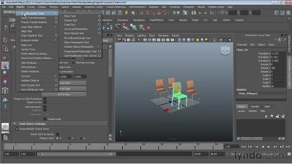 Using the Move tool : Maya Essentials 1: Interface and Organization