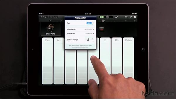 Playing Smart Keyboards: GarageBand for iOS Essential Training