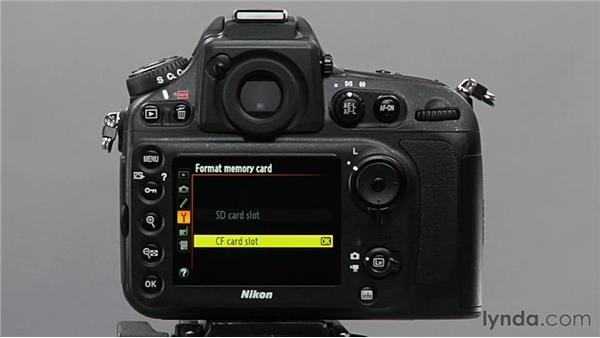 Formatting the media card: Shooting with the Nikon D800