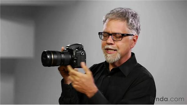 Holding the camera: Shooting with the Nikon D800