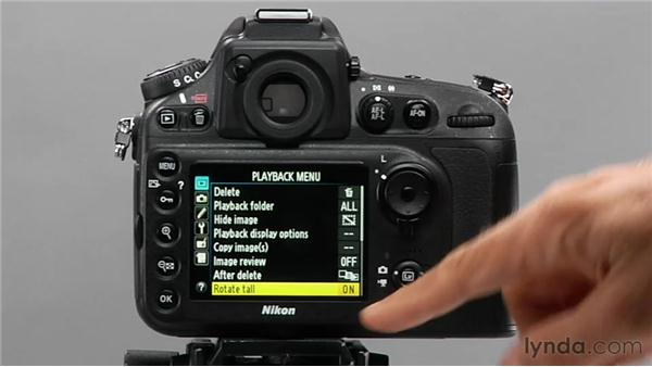 Toggling the Rotate Tall feature on and off: Shooting with the Nikon D800