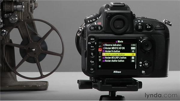Customizing movie controls: Shooting with the Nikon D800