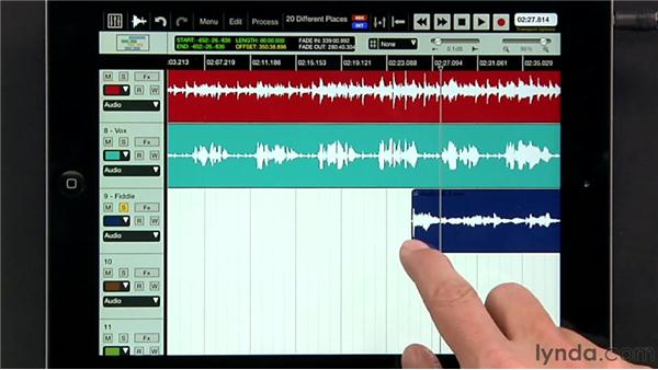 Splitting and separating regions: iPad Music Production: Auria