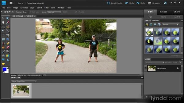 Creating a slideshow (Windows): Up and Running with Photoshop Elements 9