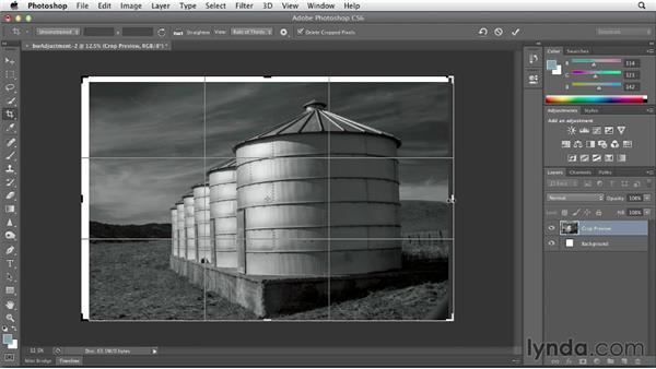 Creating frames for black-and-white images: Black and White with Lightroom and Photoshop (2013)