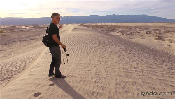 Shooting the sand dunes in changing light: Travel Photography: Desert Road Trip