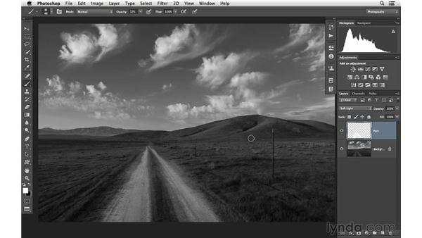 Improving a black-and-white landscape photograph: Photoshop CC for Photographers: Intermediate