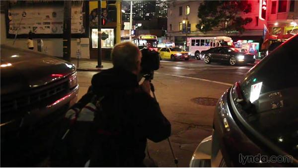 Shooting night scenes in a city: Travel Photography: Portrait of a City Neighborhood