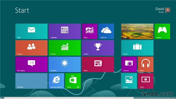 Zooming the Start screen and grouping tiles: Windows 8 Tips and Tricks