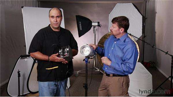 Power pack or power supplies: Up and Running with Studio Strobes