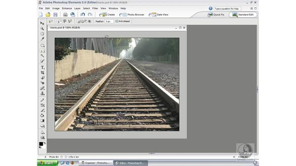 Lasso Tools: Photoshop Elements 3 Essential Training