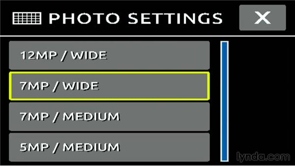Choosing a resolution and setting the field of view: Shooting with the GoPro HERO: Fundamentals