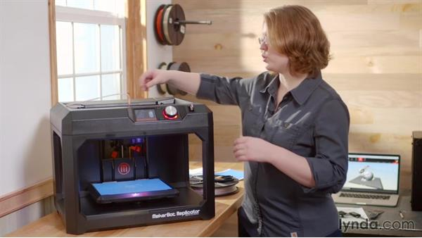 Unloading the filament with the Replicator 5th Generation: Getting Started with MakerBot 3D Printers