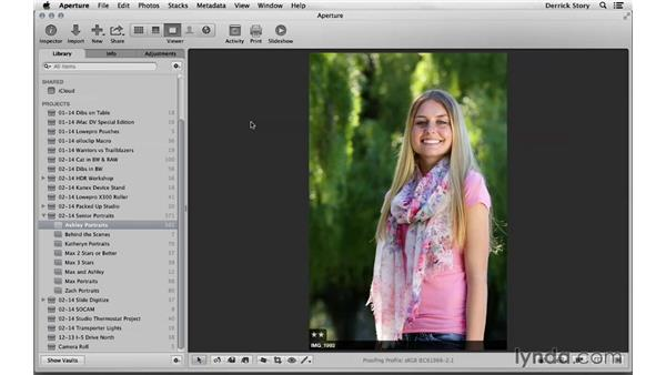 Sorting through the portrait shoot session: Photographing High School Senior Portraits