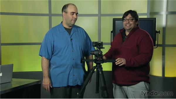 What is a Tripod Top Slider?: Video Gear Weekly