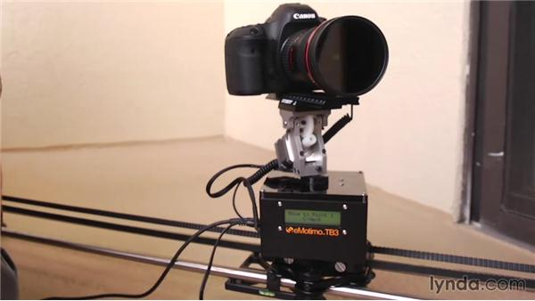 Camera body: Shooting a Time-Lapse Movie with the Camera in Motion