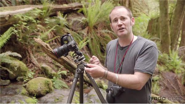 Triggering the remote shutter release: Photographing a Waterfall